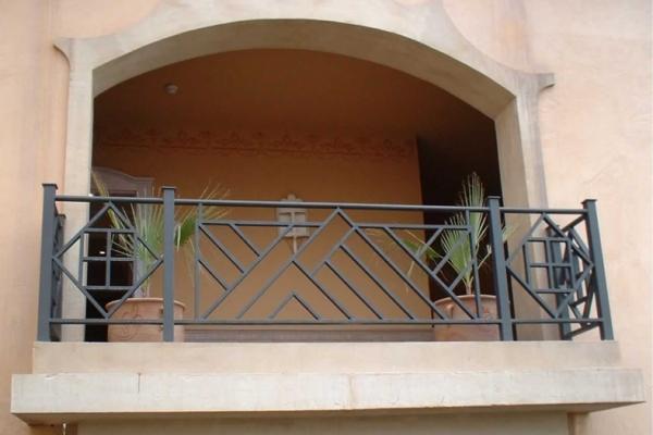 balcon100CF67BB01-78DC-1AD8-BF9E-0A632341F545.jpg