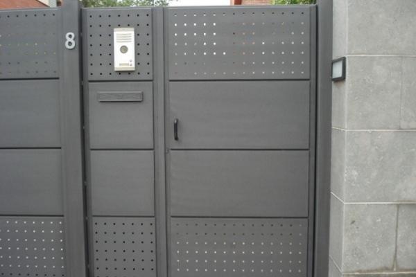 puerta500E7C86629-97AF-50A1-C413-6C01F2DF6789.jpg